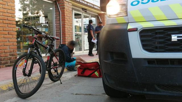 Ciclista tropellado sobre la carretera federal 200