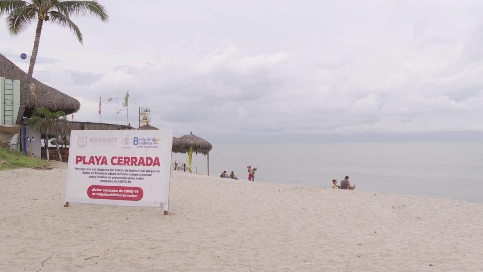 Playa cerrada en Nayarit