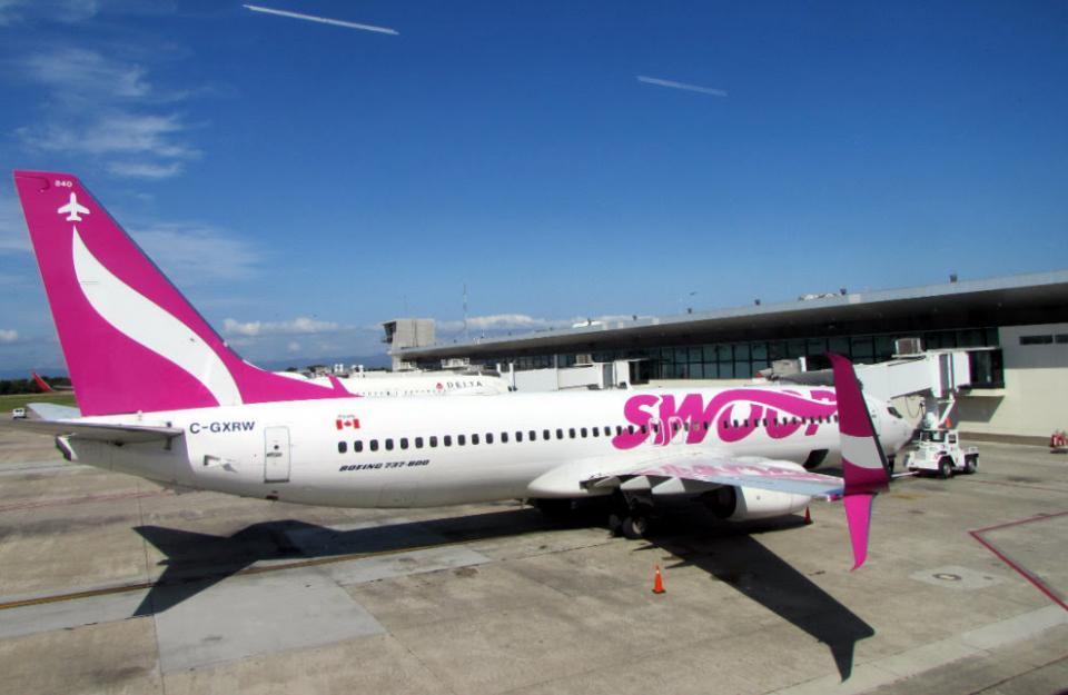 Avión de la compañía Swoop
