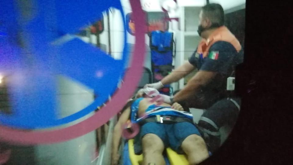Muere joven con herida en la cabeza en Boca de Tomates