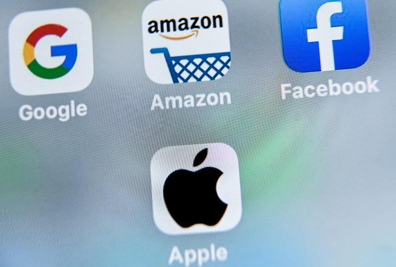 Librerías realizan campañas conta Amazon