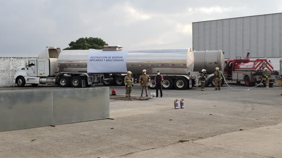 Cateo de alcohol adulterado en Jalisco