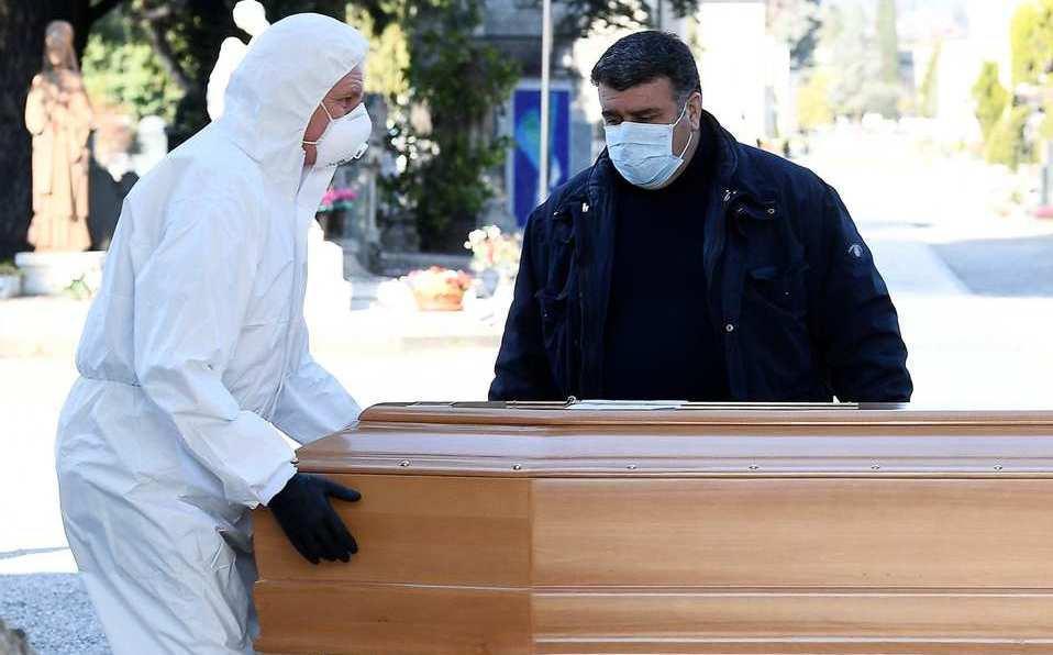 Muertos por covid-19 en Italia