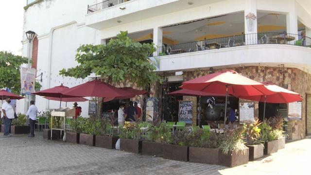 40 restaurantes están en riesgo de cerrar en Puerto Vallarta