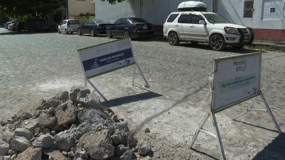 Escombro en avenida