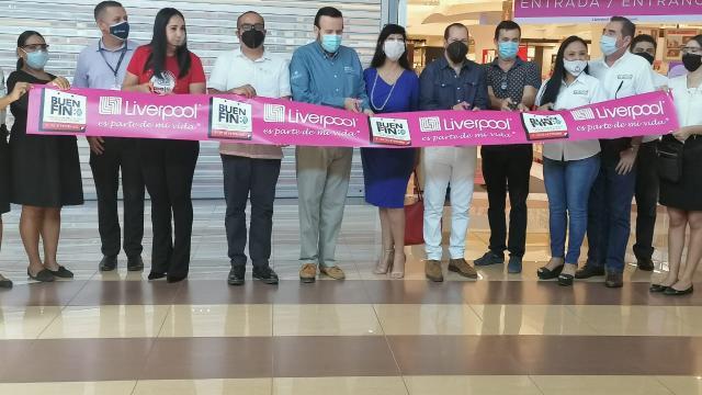 Corte de listón Buen Fin en Puerto Vallarta