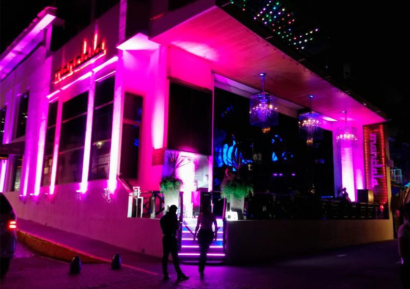 Recobra su vida la noche de Vallarta; abrieron bares y antros