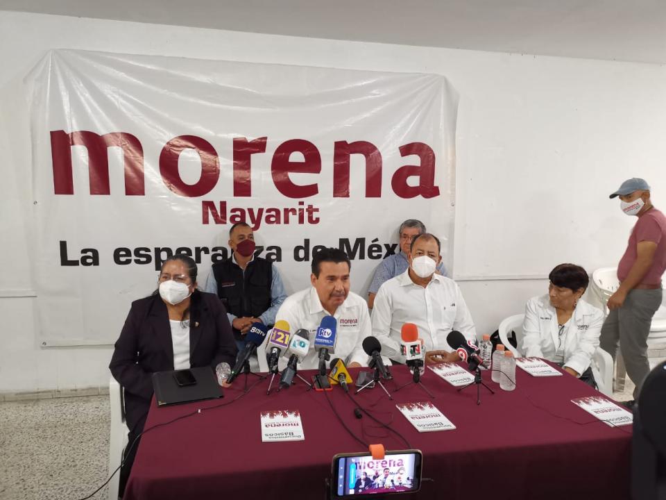 Duñalds se integra a Morena