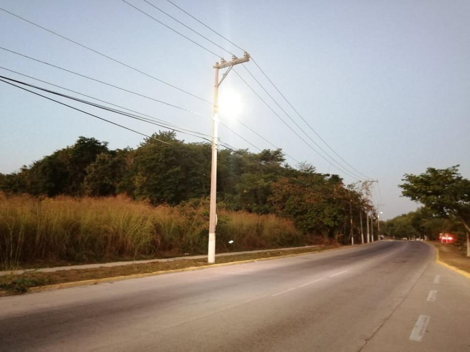 Avenida De Los Poetas