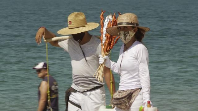 Vendedores de playa en Puerto Vallarta