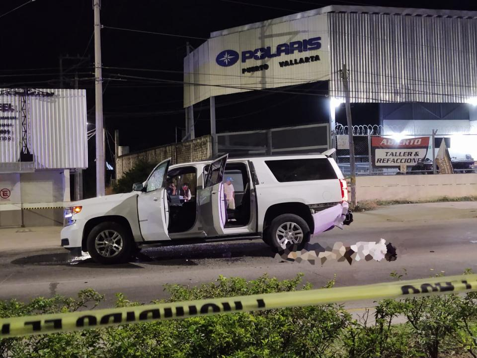 Asesinan a hombre en plena avenida de ingreso a Vallarta