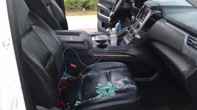 daños al interior del auto de tomé