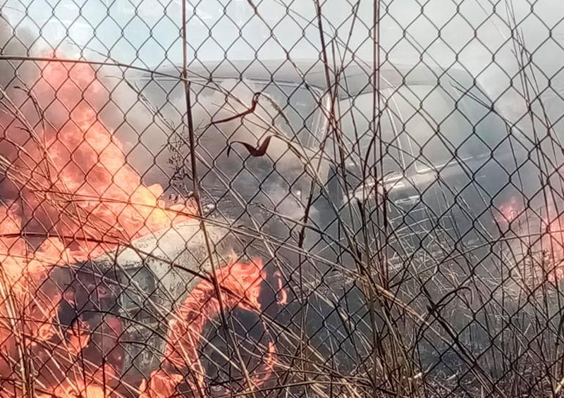 incendio en un terreno baldío