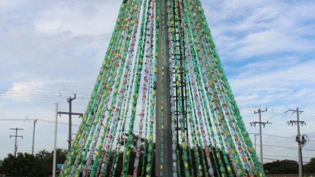 Árbol reciclado