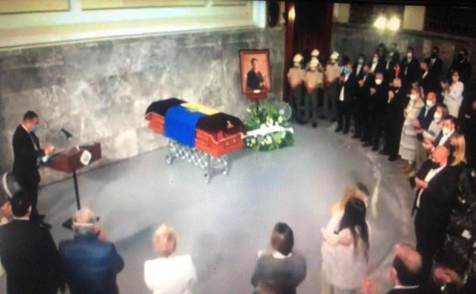 Homenaje a Aristóteles Sandoval