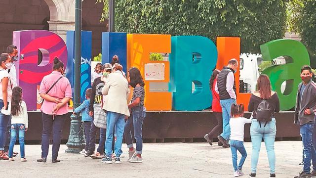 """Puebla decreta """"ley seca"""" indefinidamente para contener Covid"""
