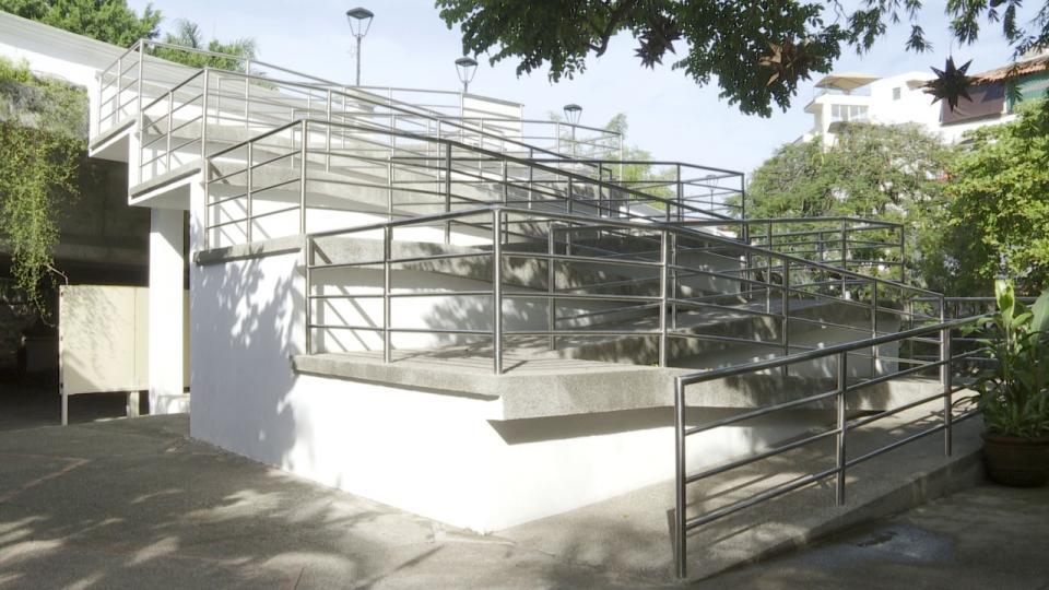 Escaleras en Río Cuale