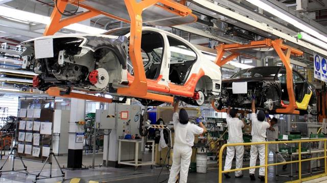 Industria manufacturera presenta recuperación