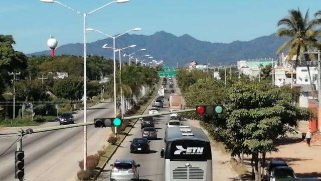 Tránsito en Carretera Federal 200