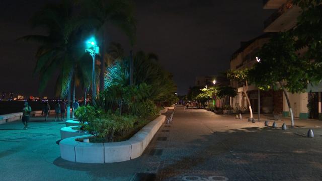 Malecón de Puerto Vallarta durante Botón de Emergencia