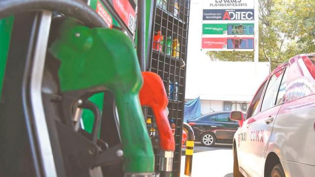 PRD llama a AMLO a frenar incrementos en gasolinas
