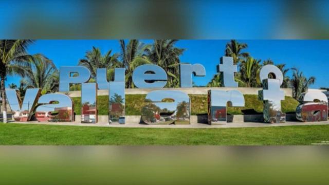 Letras de bienvenida a Puerto Vallarta