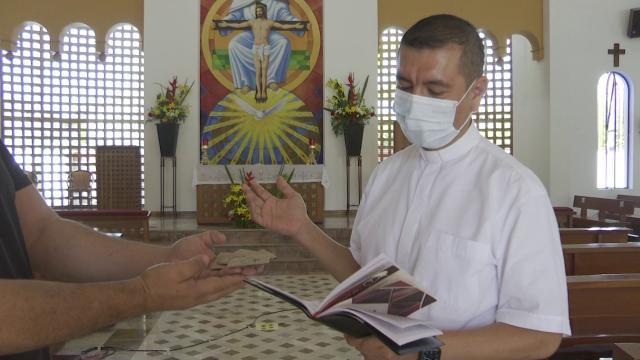 Sacerdote parroquia de La Aurora