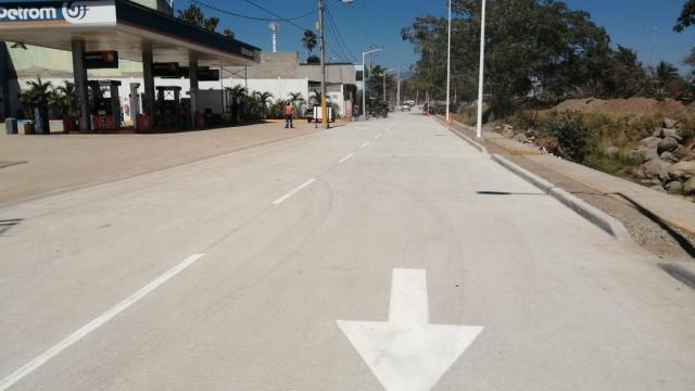 Calle 12 de Octubre pavimentada