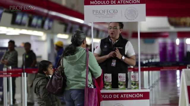 Módulo de Profeco en aeropuerto de Puerto Vallarta