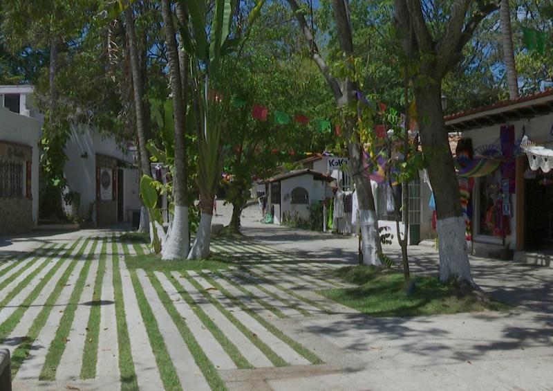 Alcalde entrega las obras de rehabilitación en la Isla Cuale