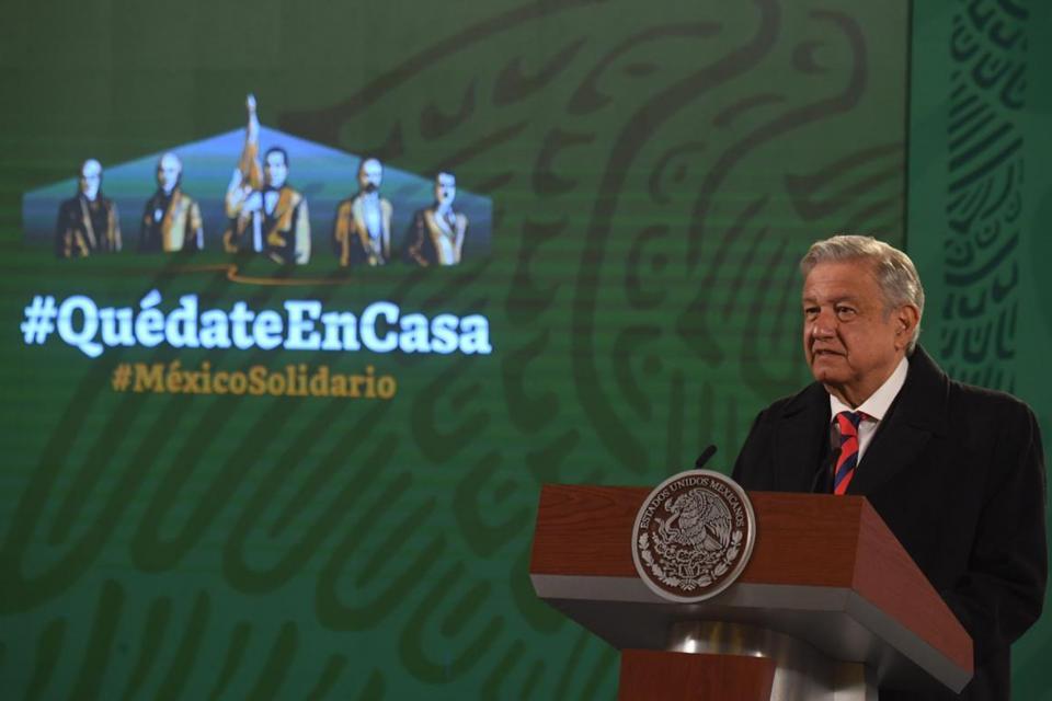 Conferencia de prensa mañanera en el Palacio Nacional