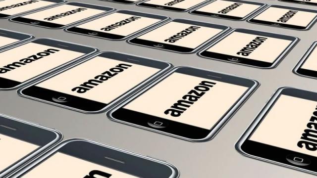 Amazon vuelve a ser acusada por mal trato a sus empleados