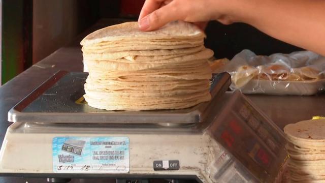 Gas LP, tortilla y loncherías presionan inflación: Inegi