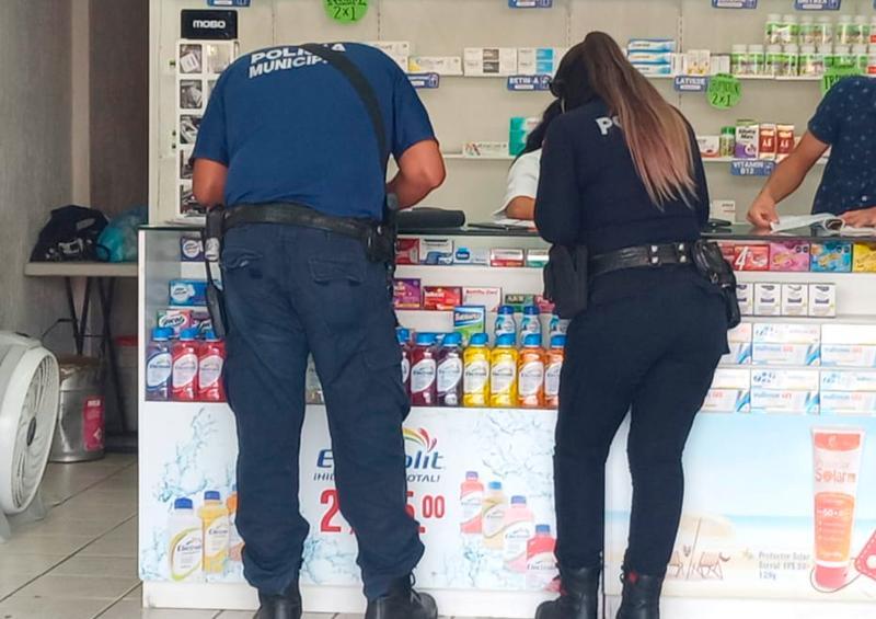 Roban a mano armada una farmacia
