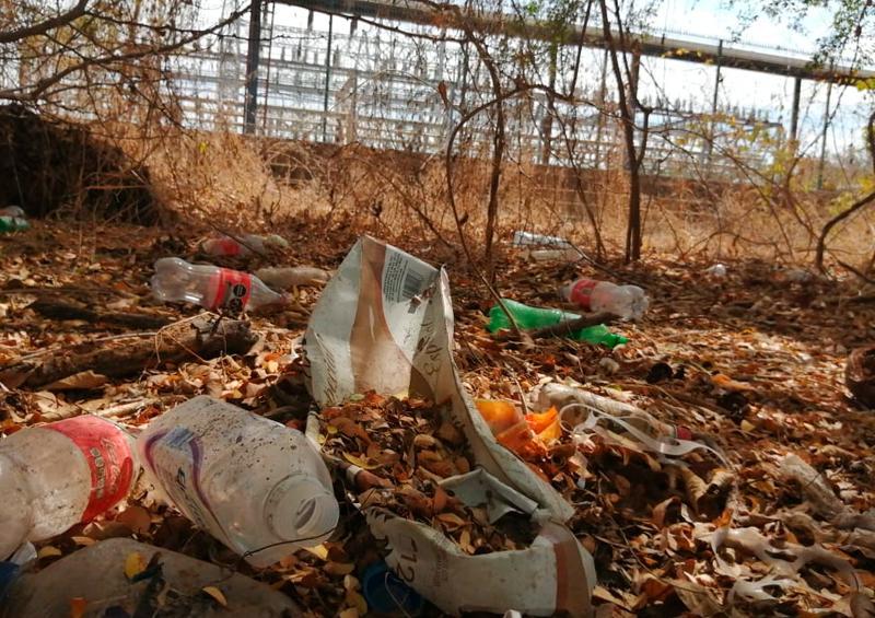 Denuncian basurero en zona residencial de Nuevo Vallarta