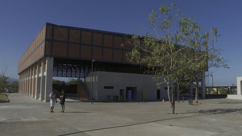 Renovación del complejo deportivo ya esta casi lista