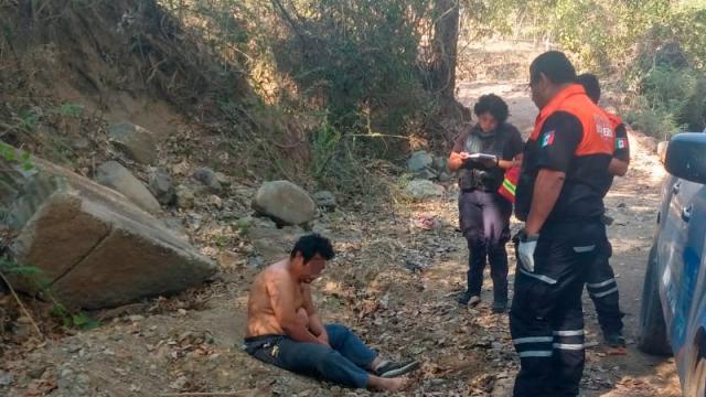 Aparece golpeado en Soyatán taxista reportado como desaparecido