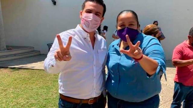 Más de 800 maestros se suman a Luis Munguía