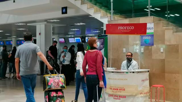 Opera módulo de PROFECO en Aeropuerto Internacional de Vallarta