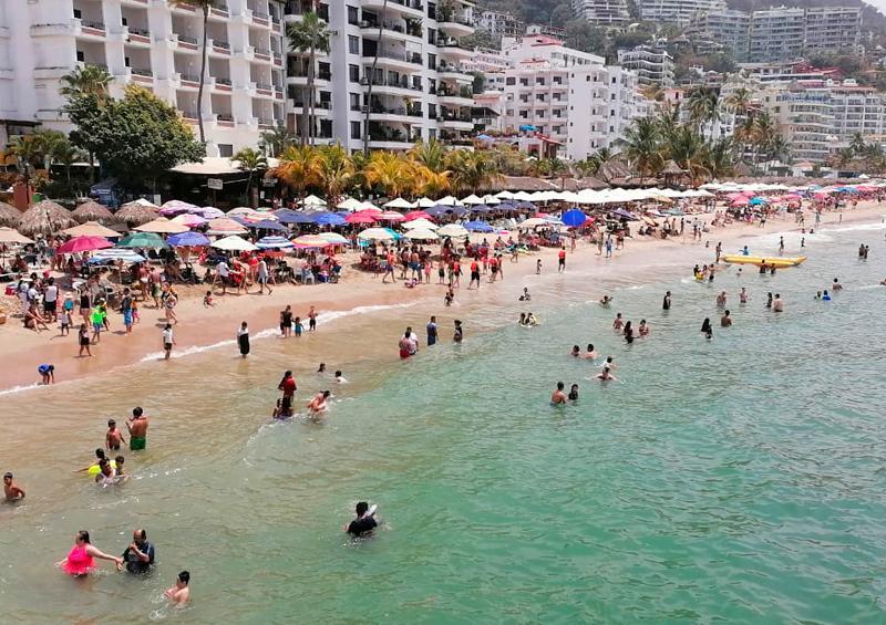 Según Cofepris, playas de Vallarta siguen contaminadas