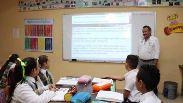 Vacunas contra covid-19 para maestros