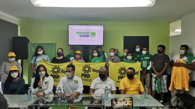 Candidatos del PRD se van al Partido Verde