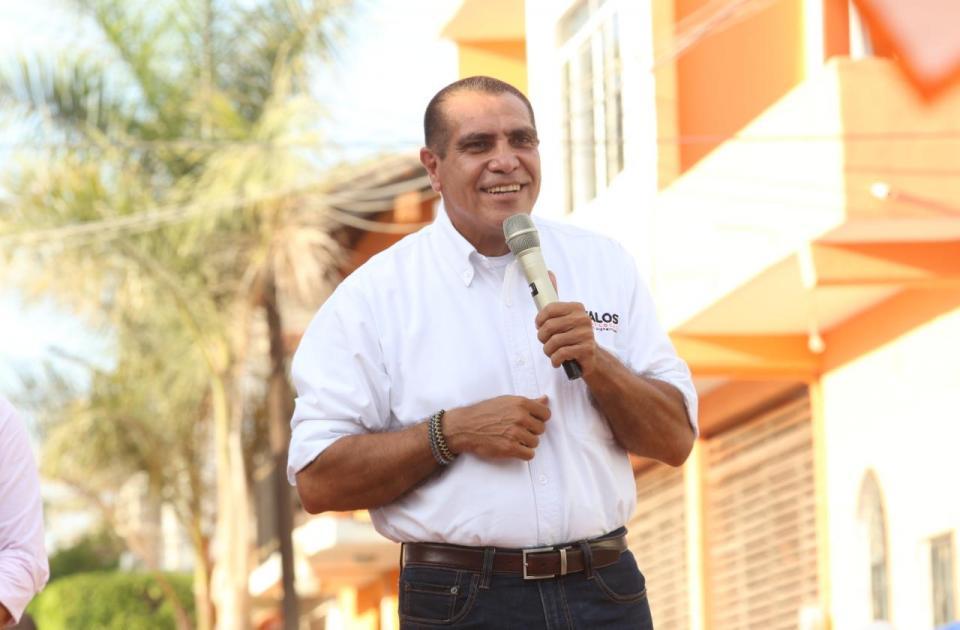 Arturo Dávalos