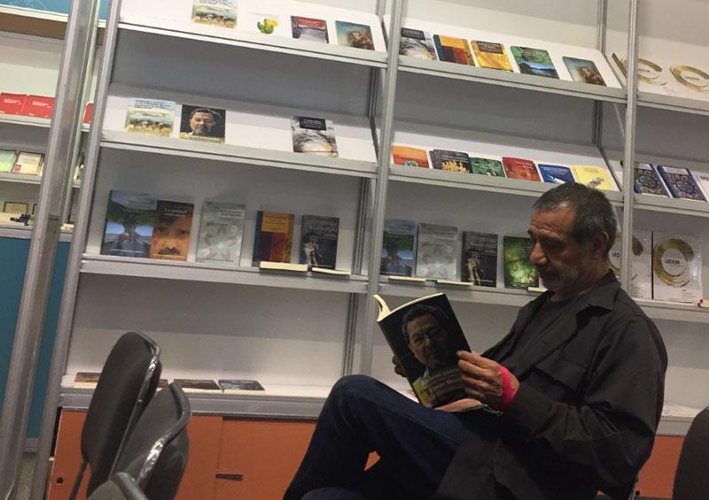 Crece 21.5% población lectora de libros digitales en México