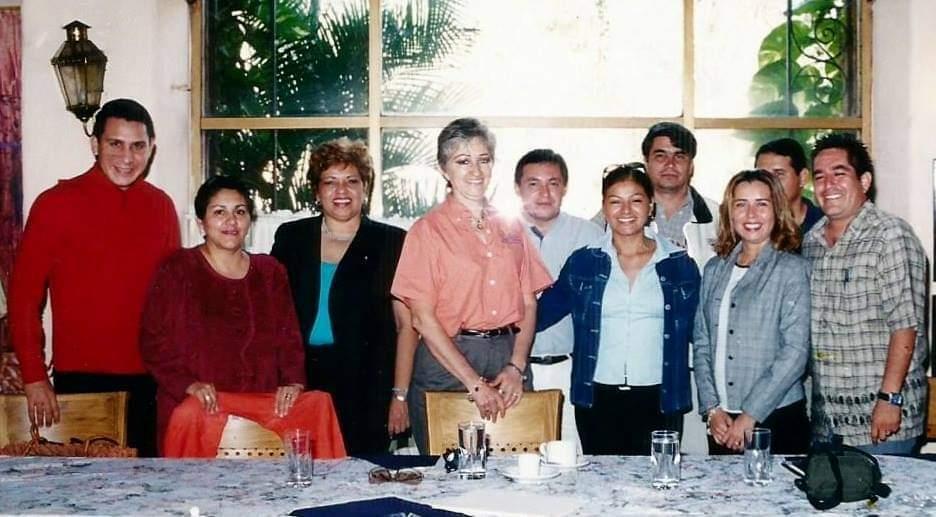 Elba Díaz con compañeros