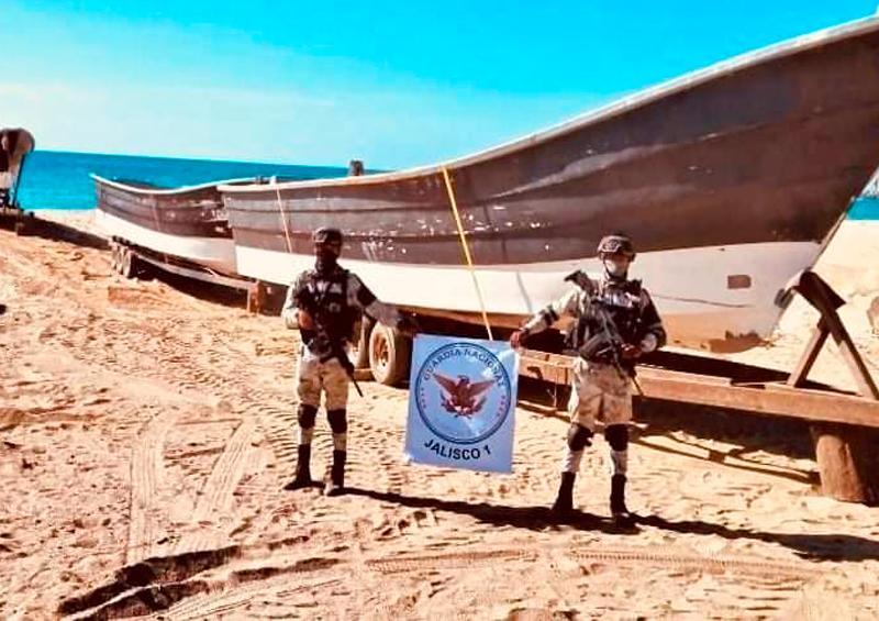 embarcaciones en Cabo Corrientes