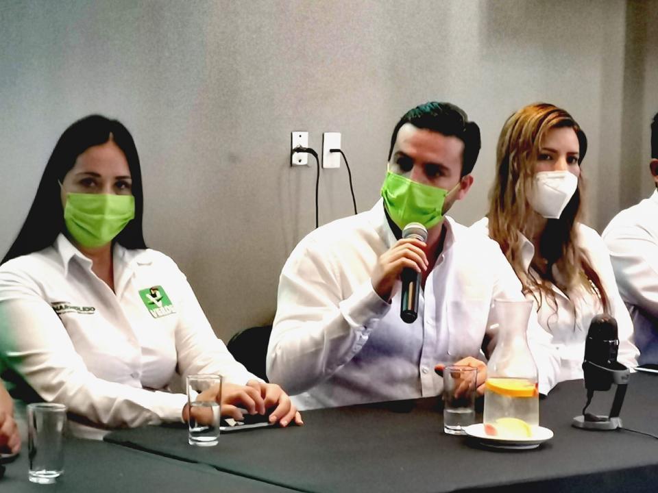 Luis Munguía en rueda de prensa