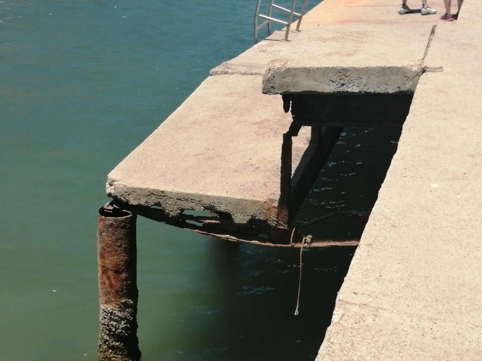Muelle Boca de Tomatlán