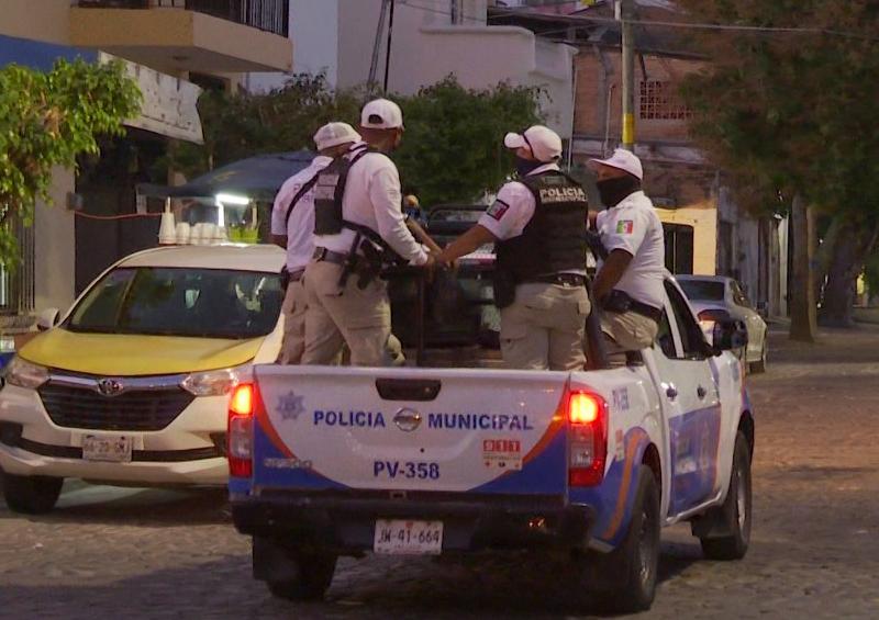 Policia- Vallarta