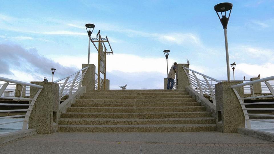 Urge limpieza y mantenimiento en puente del Cuale